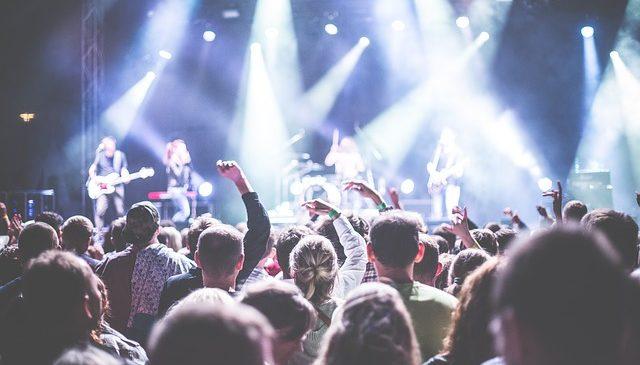 Popularni polscy muzycy uwielbiani za granicą! Czy zgadniesz, kto cieszy się największą sławą?
